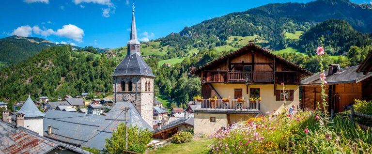 Wohnen in den Alpen: Die Lage macht den Unterschied zwischen Luxusimmobilie und Liebhaberobjekt